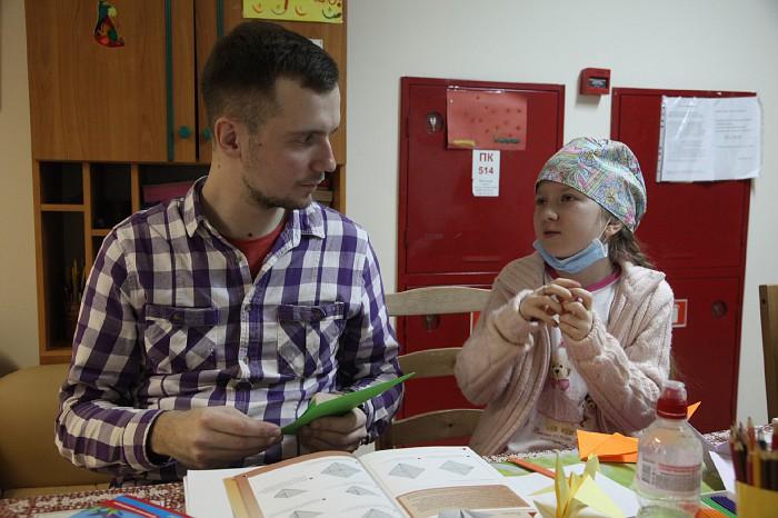 Волонтеры в НИИ Бурденко