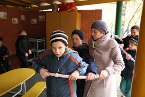 Волонтеры в доме-интернате для умственно отсталых детей