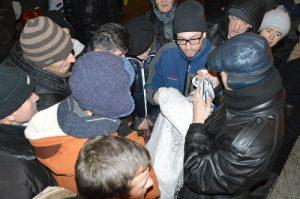 Волонтеры движения Даниловцы помогают бездомным