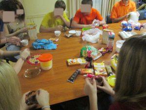 Волонтеры в детском Наркодиспансере