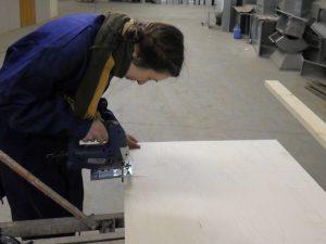 Волонтеры делают ремонт
