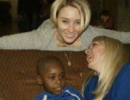 Когда волонтеры и дети встречаются