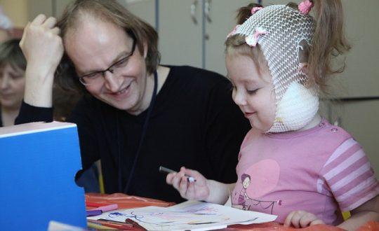 Волонтеры у детей в больнице