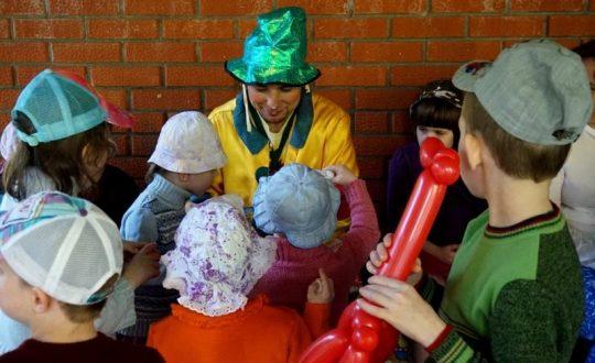 Волонтеры в ДДИ 24