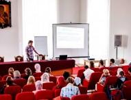 Руководитель «Даниловцев» прочитал в Белоруссии лекции о социальном волонтерстве