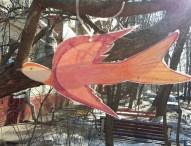 Цветочные клумбы и птицы-даниловцы в Зюзино