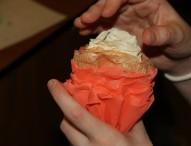 Цветы из креповой бумаги